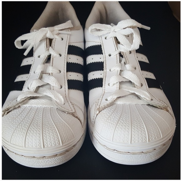buy online 78f1f cf64f Adidas Superstar Foundation sneakers Unisex Size 2